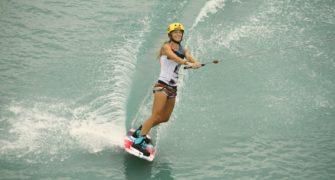 veronika holubová - wakeboarding mystic