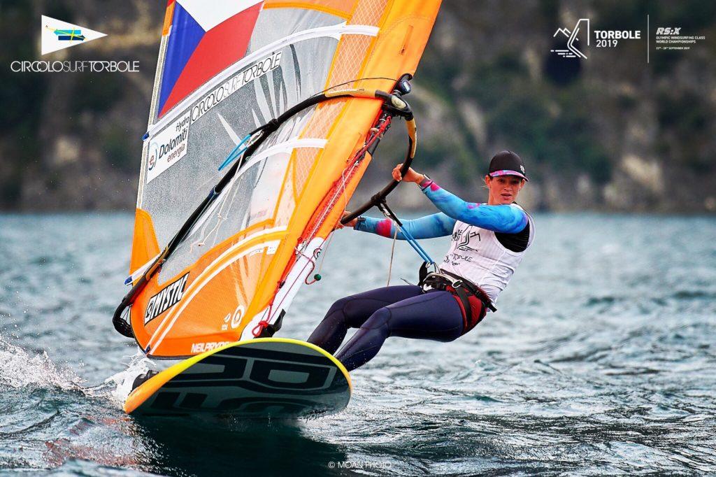závod windsurfing jana slívová
